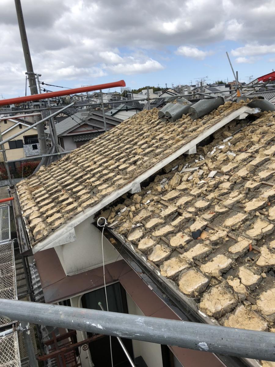 最新の屋根瓦工事
